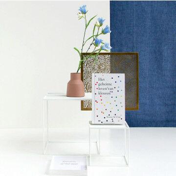 Compleet decor inclusief banier, bloemen, opbouw en infodrager