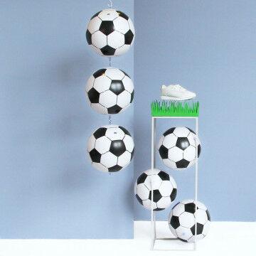 EK Voetbal zuil met ballen en gras