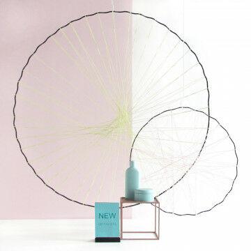 Miniquadro met wavecirkels omspannen met koord.