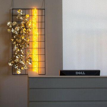 Frame met goud ginkgoblad en mini lampjes