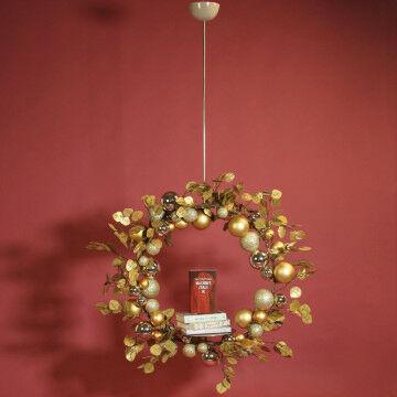 Kerstballenkrans met presentatieplateau
