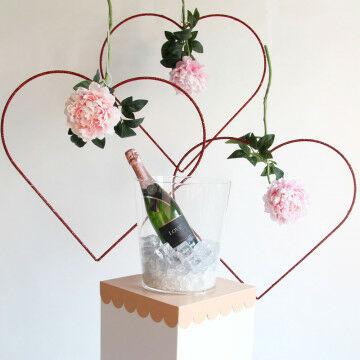 Hart met romantische bloem
