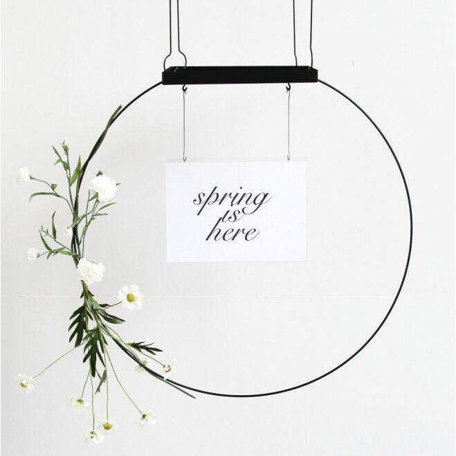 Multifunctionele displaycirkel met bloemdecoratie