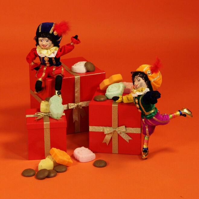 Pieten cadeaustapel