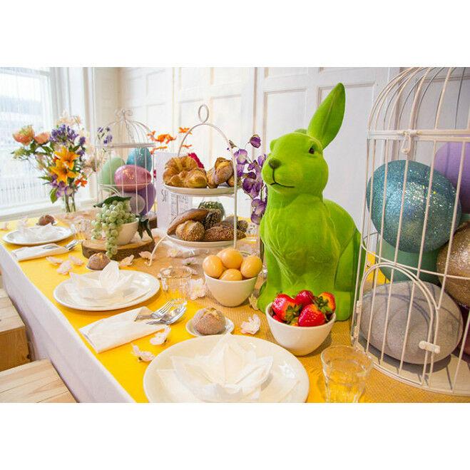Gedekte tafel voor Pasen